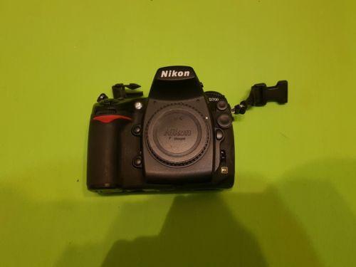Nikon D700 12.1 MP Digitalkamera - SLR