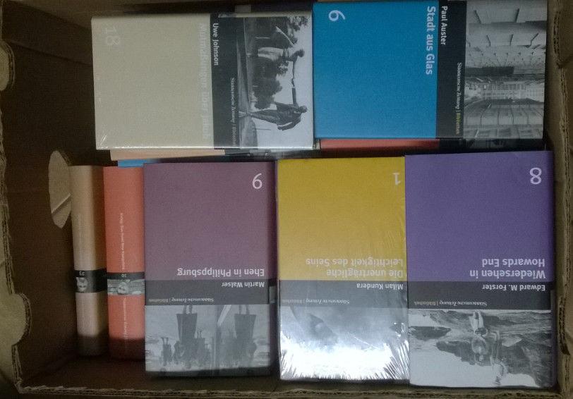 Büchersammlung Süddeutsche Zeitung Bibiliothek 50 Stück, gebunden mit Schutzum.