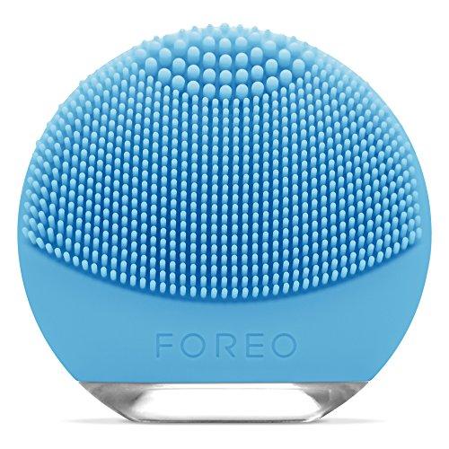 FOREO LUNA go reisefreundliches und personalisierte Gesichtsreinigungsgerät mit Anti-Aging Gesichtspflege für Combination Haut, USB wiederaufladbar und wasserfest