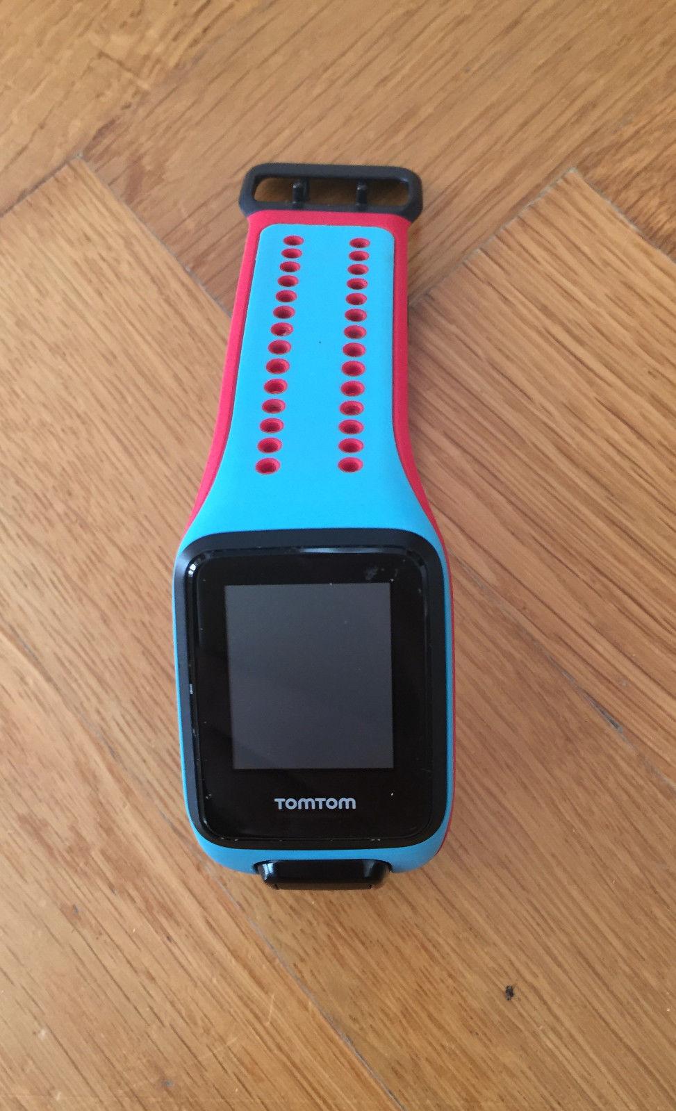 TomTom Multisport Cardio GPS Laufuhr mit Pulsmesser neuwertig inkl. Ladekabel