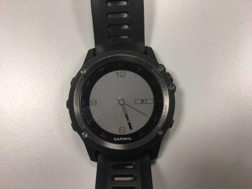 GARMIN fenix 3 HR GPS Multisportuhr schwarz/grau Saphir Bluetooth WLAN