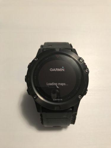 Garmin  FENIX 5X Grau/schwarz 51mm | 010-01733-01 Smartwatch -neuwertig-