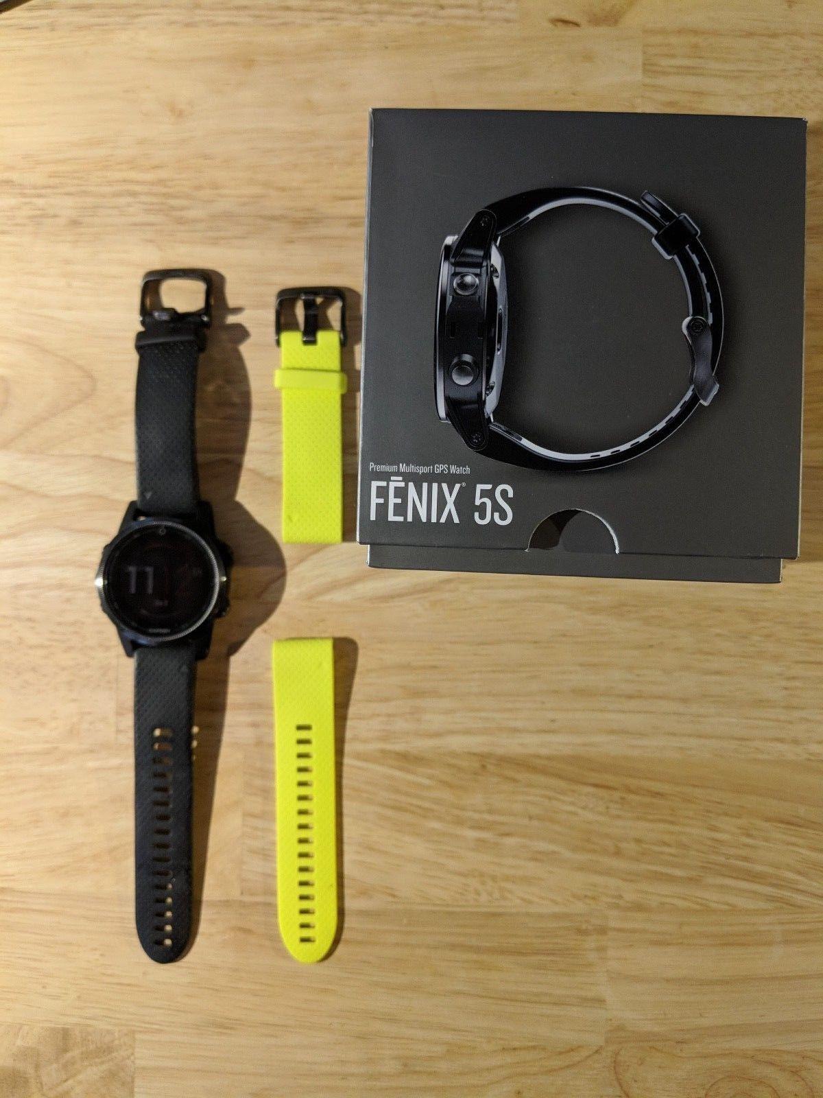 Garmin fenix 5S - Saphirglas - Schwarz mit schwarzem und neongelbem Armband