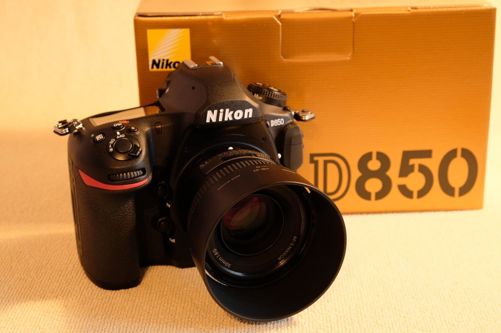 Nikon D850++XQD-Karte mit Lesegerät++Nikon Nikkor 50mm F1,8 AF-S G