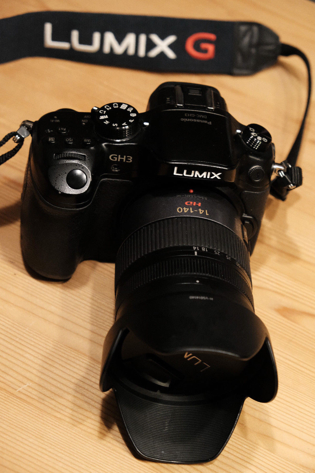 .Panasonic LUMIX DMC-GH3 mit LUMIX G VARIO HD 14-140mm/F4.0-5.8 MEGA O.I.S