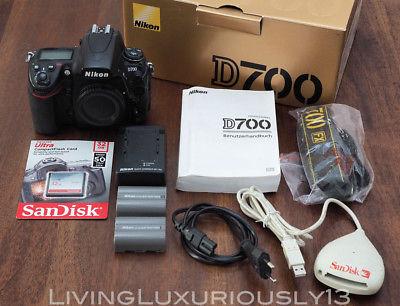 Nikon D700 FullFrame DSLR Kamera, 2x orig. Akku, Ladegerät & 32 GB SD Karte, OVP