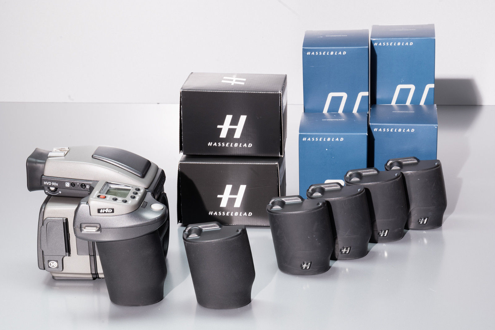 Hasselblad H4D-50 Body with Digital Back 50 MP + View Finder Prisma