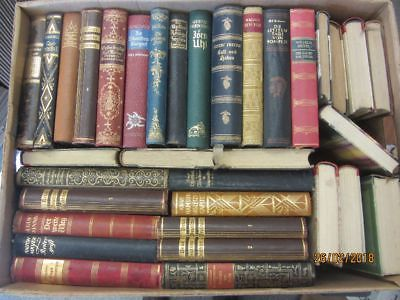 51 Bücher antiquarische Bücher mit edlem Lederbuchrücken Paket 3