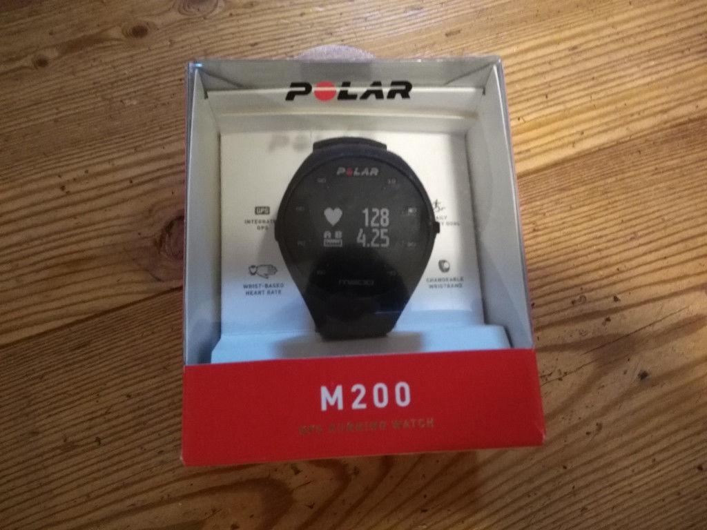 Polar M200 schwarz - Neuzustand TOP Laufuhr GPS Running Watch