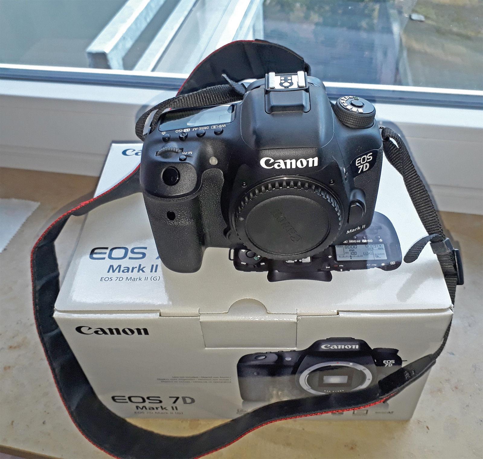 Canon EOS 7D Mark II 20.2 MP Digitalkamera - Schwarz (Nur Gehäuse / Body only)