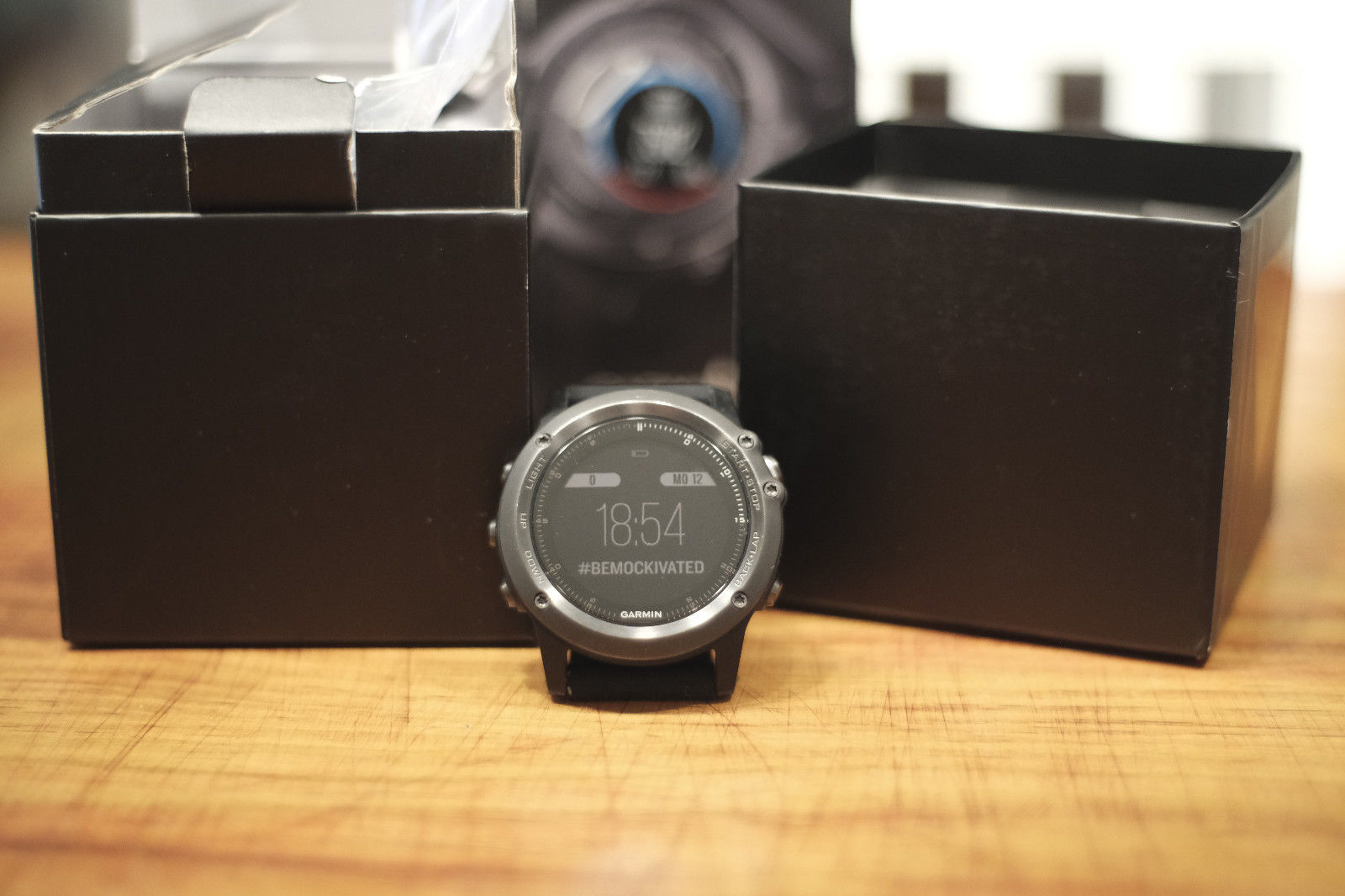 Garmin Fenix 3 HR Sapphire Edition Schwarz, neues Silikon Armband