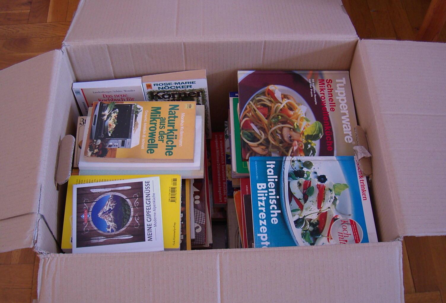 Konvolut/Sammlung 59 Kochbücher - Umzugskarton voller Rezepte