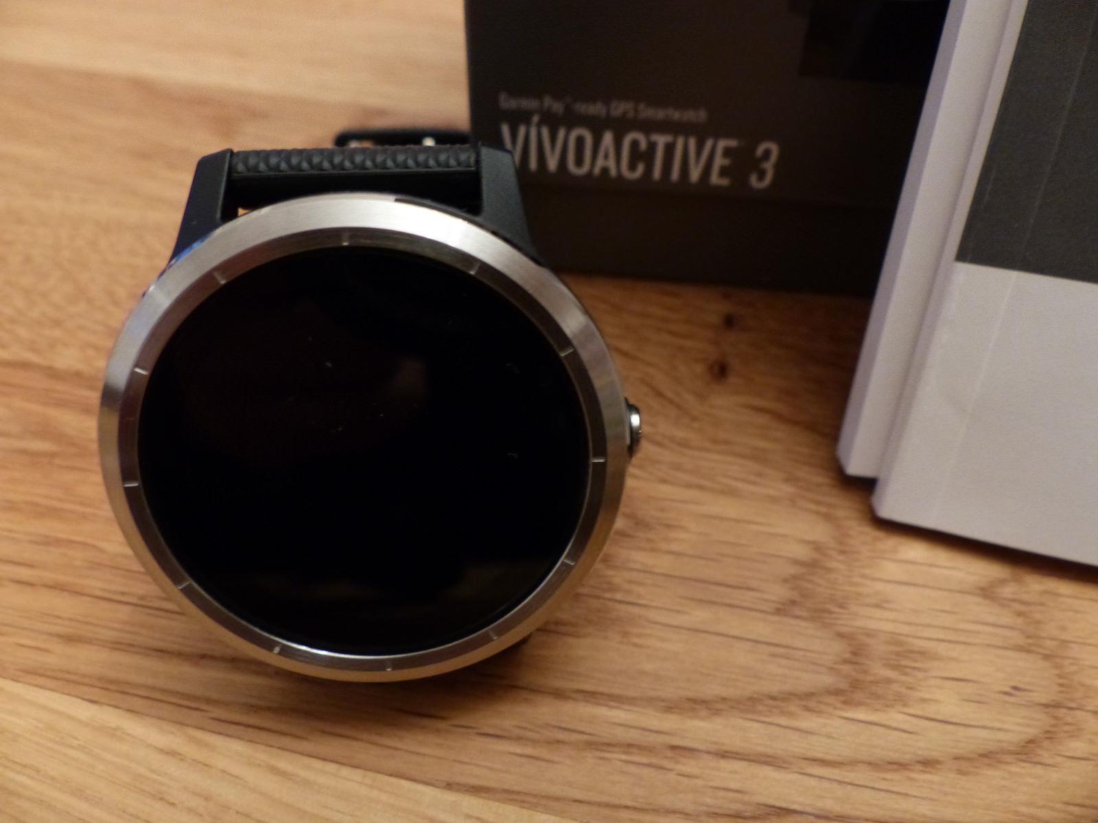 Garmin Vivoactive 3 Smartwatch sz.