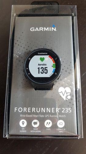 NEU. Garmin Forerunner 235 GPS Sportuhr Smartwatch schwarz, original verpackt