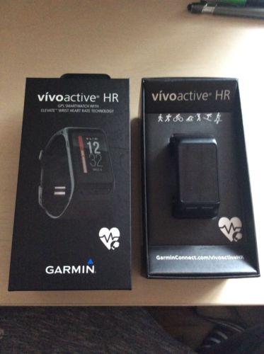 Garmin Vivoactive HR Sport GPS-Smartwatch mit Herzfrequenzmessung am Handgelenk