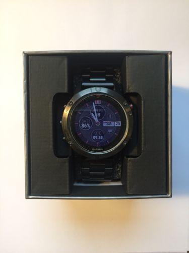 Garmin Fenix 5 neuwertig Premium GPS Multisportuhr mit verschied. Armbändern