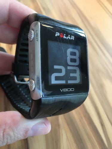 Polar Trainingcomputer / Uhr V800 schwarz, inkl. H7 Brustgurt und Ladekabel