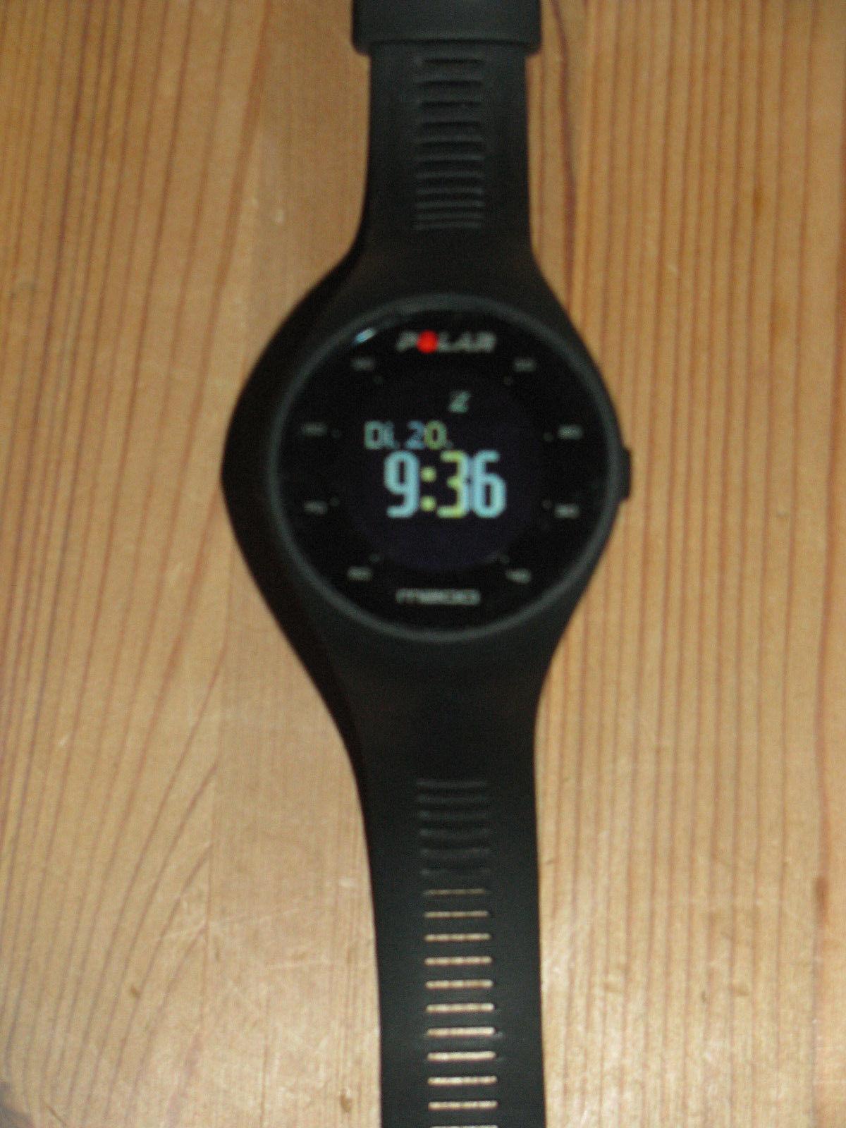 Polar M200 Sportuhr Fitnesstracker Laufuhr 1 Jahr alt aber so gut wie neu