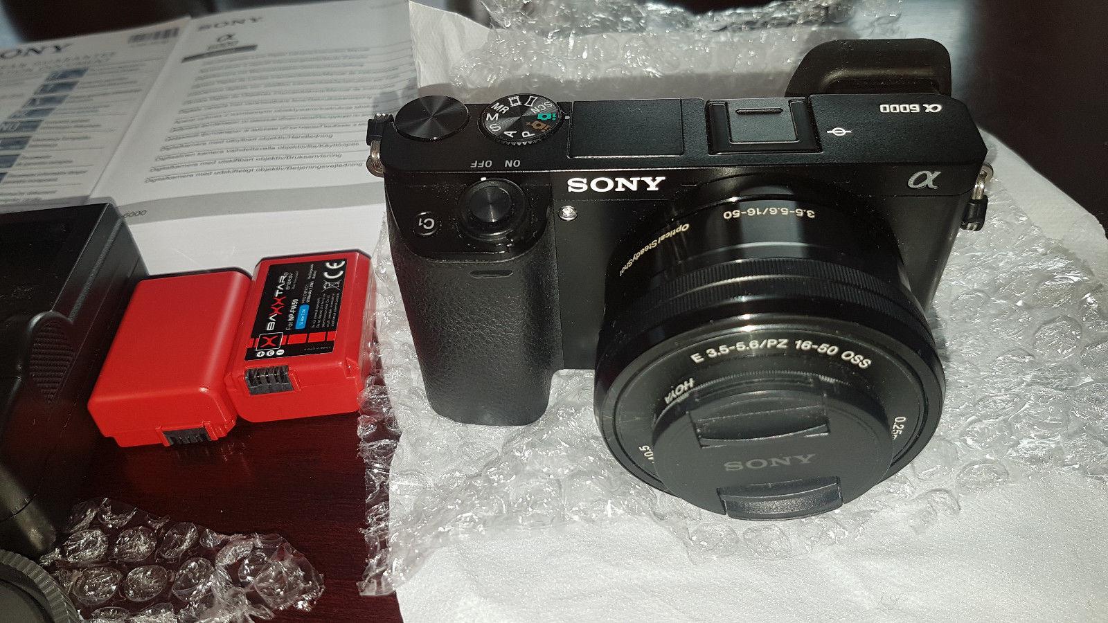 Sony Alpha ILCE-6000L 24.3 MP - Kit m/ E PZ 16-50mm neuwertig und Zubehörpaket