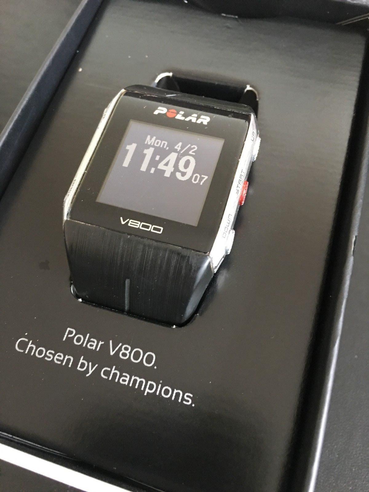 Polar Trainingsuhr V 800 Bluetooth mit Brustgurt, Ladekabel und kpl. Zubehör