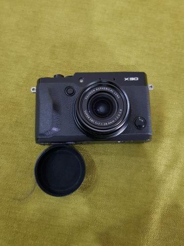 Fujifilm Fuji FinePix X30 gebraucht sehr guter Zustand