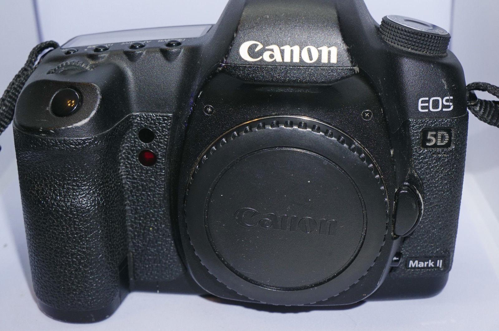 Canon EOS 5D Mark II 21,1 MP Digitalkamera (Nur Gehäuse) ca. 7000 Auslösungen