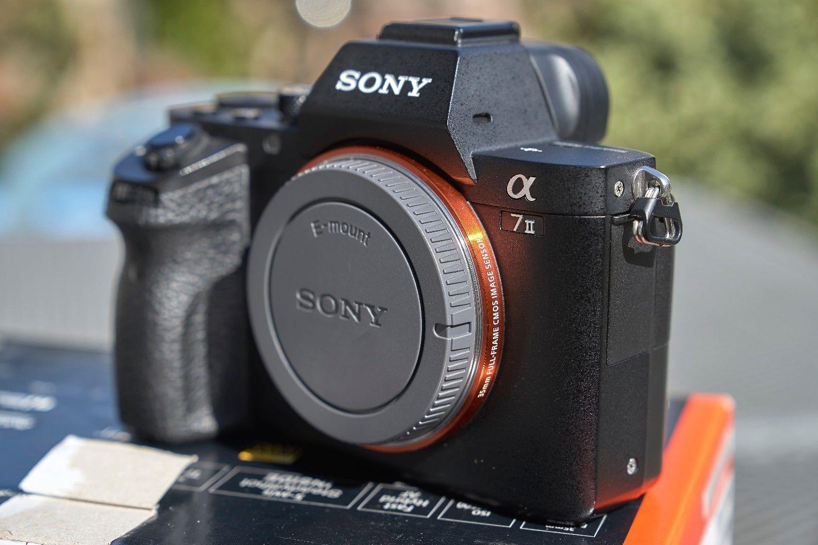 Sony Alpha ILCE-7M2 A7 II - E-Mount Vollformat Digitalkamera (24,3 Megapixel)