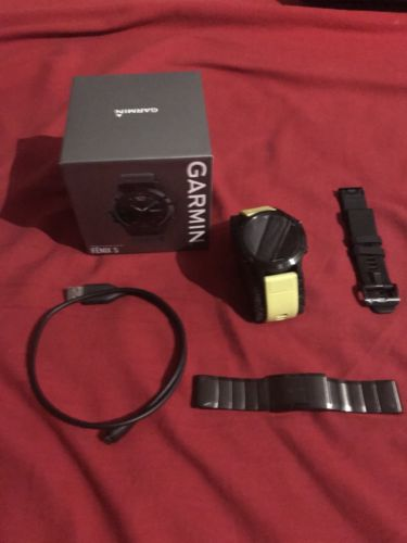Garmin Fenix 5 Saphire Edition mit Metalarmband