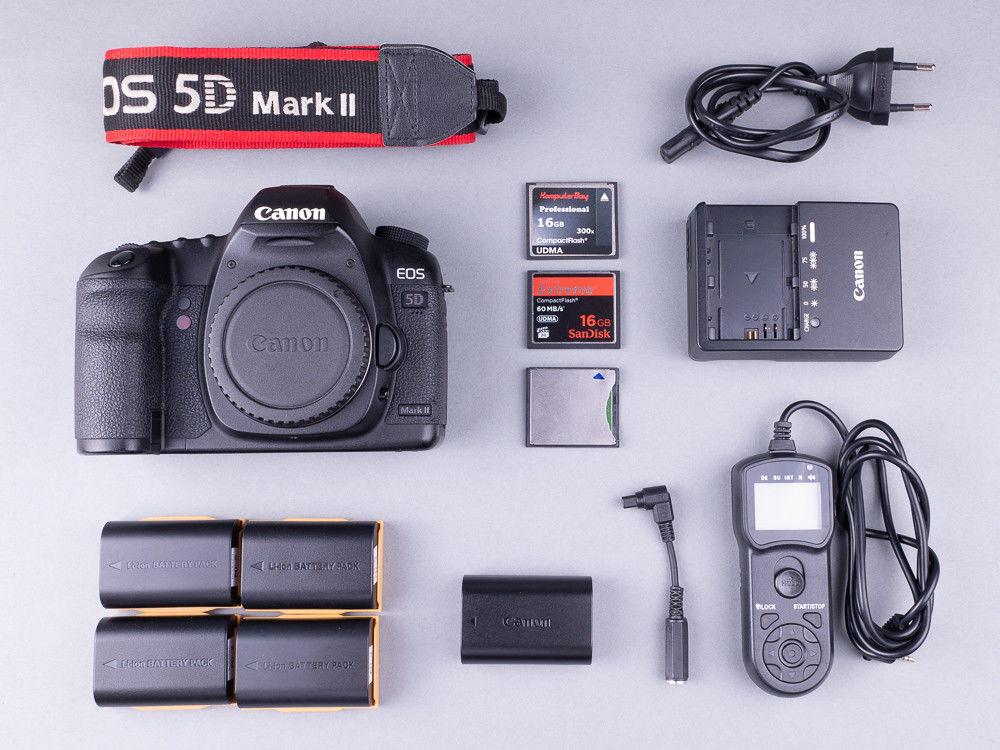 Canon EOS 5D Mark II - 21,1 MP Vollformat Digitalkamera (Body)