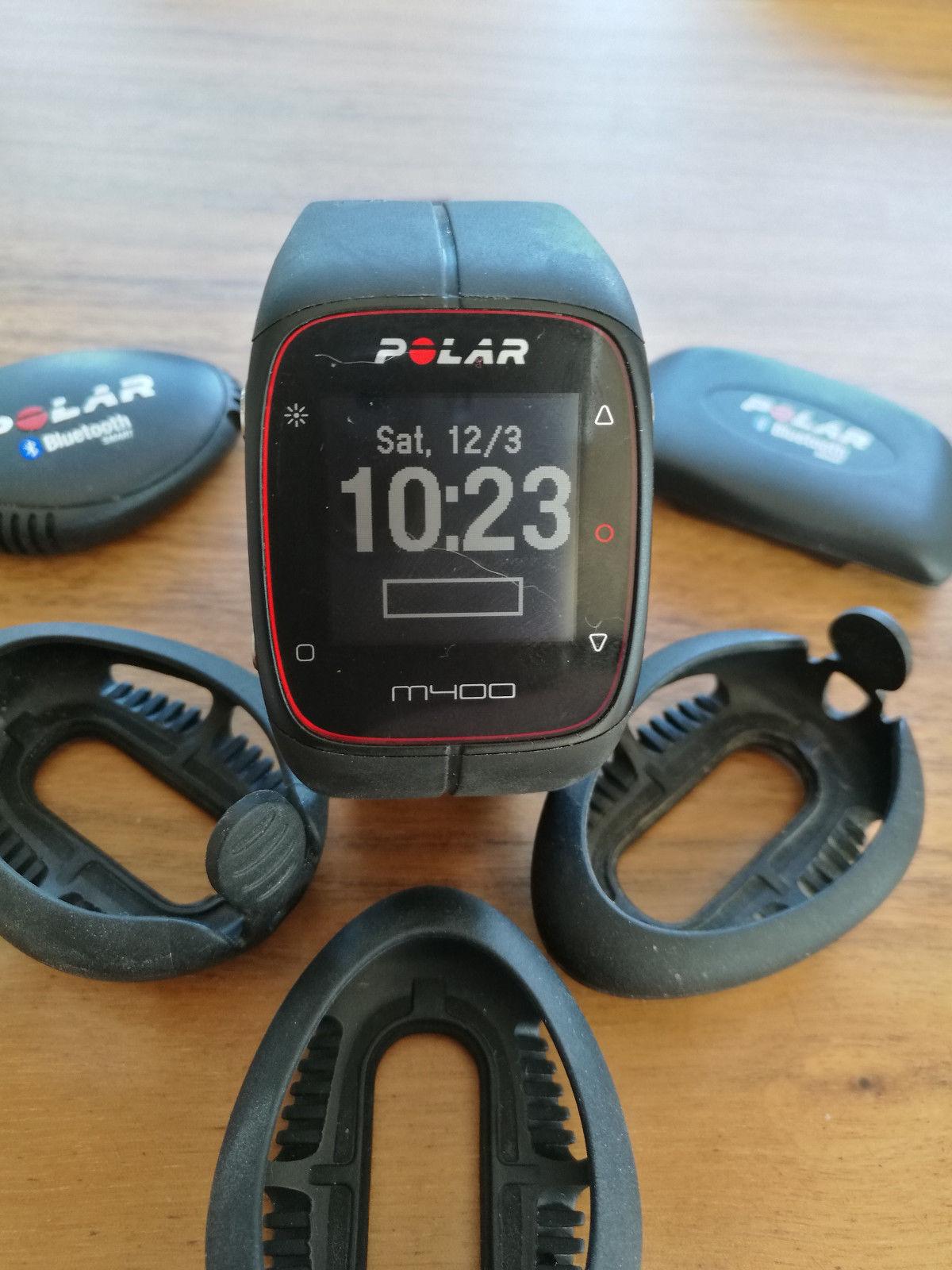 Polar Laufuhr M400 komplett mit Pulsgurt, Laufsensor und 3 Schuh-Adaptern