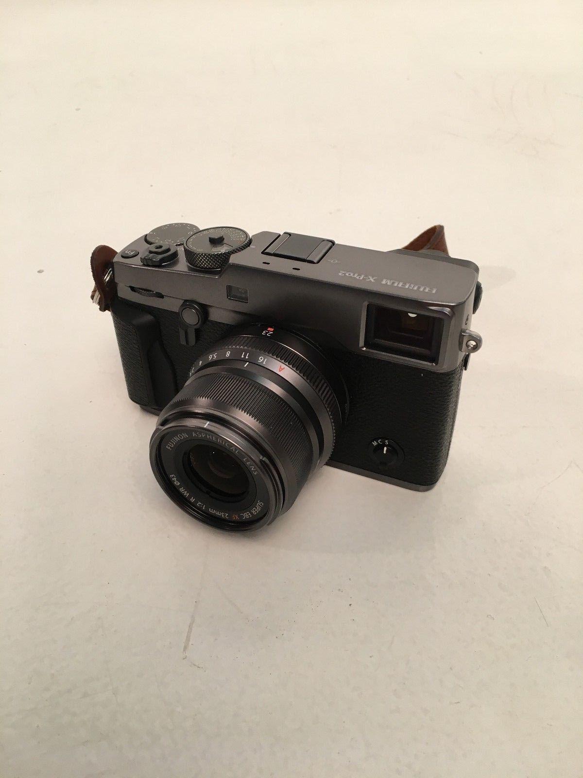 Fujifilm X-pro 2 graphite edition + 23mm f2 graphite