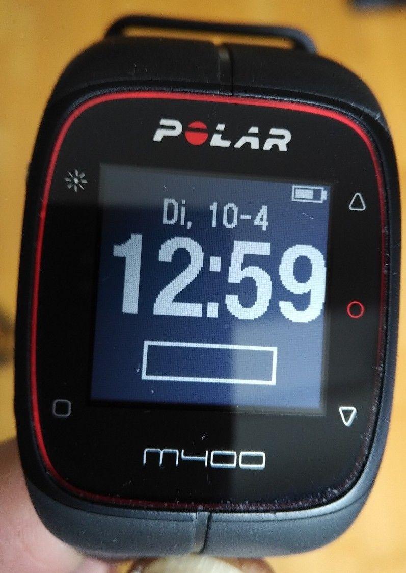 Polar M 400 Laufuhr mit GPS, Display top!