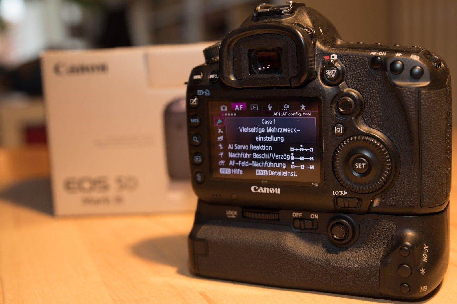 Canon EOS 5D Mark III, 23'200 Auslösungen + WLAN-SD-Karte + Batteriegriff