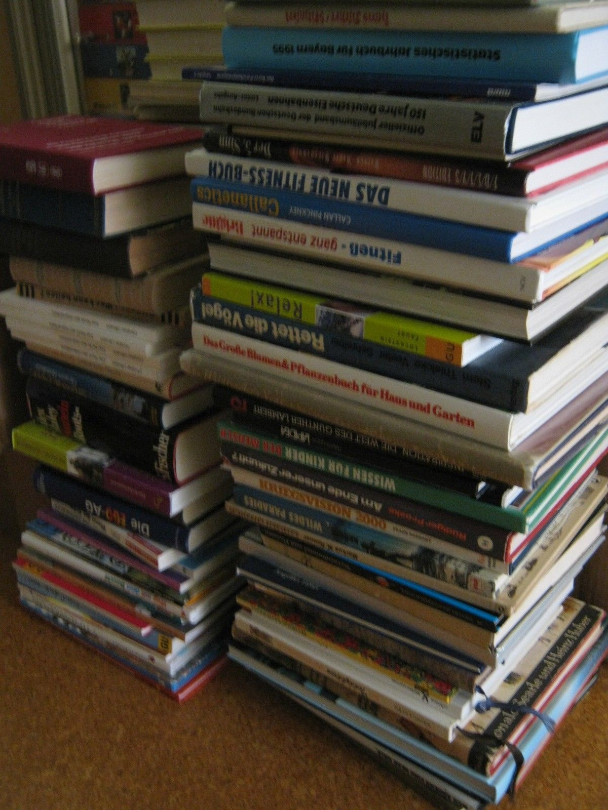 Riesen-Konvolut Buchpaket ca. 200 x MIX alle Genres Bildbände Bücher HC SC