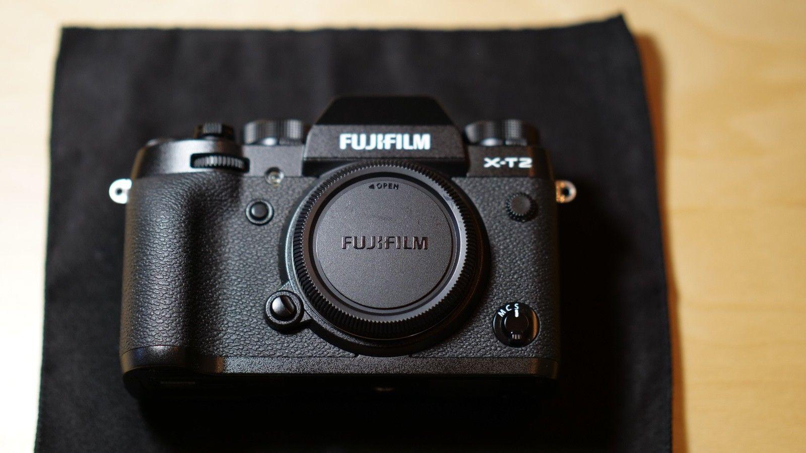 Fujifilm X-T2 24.3MP Digitalkamera - Schwarz ohne Objektiv