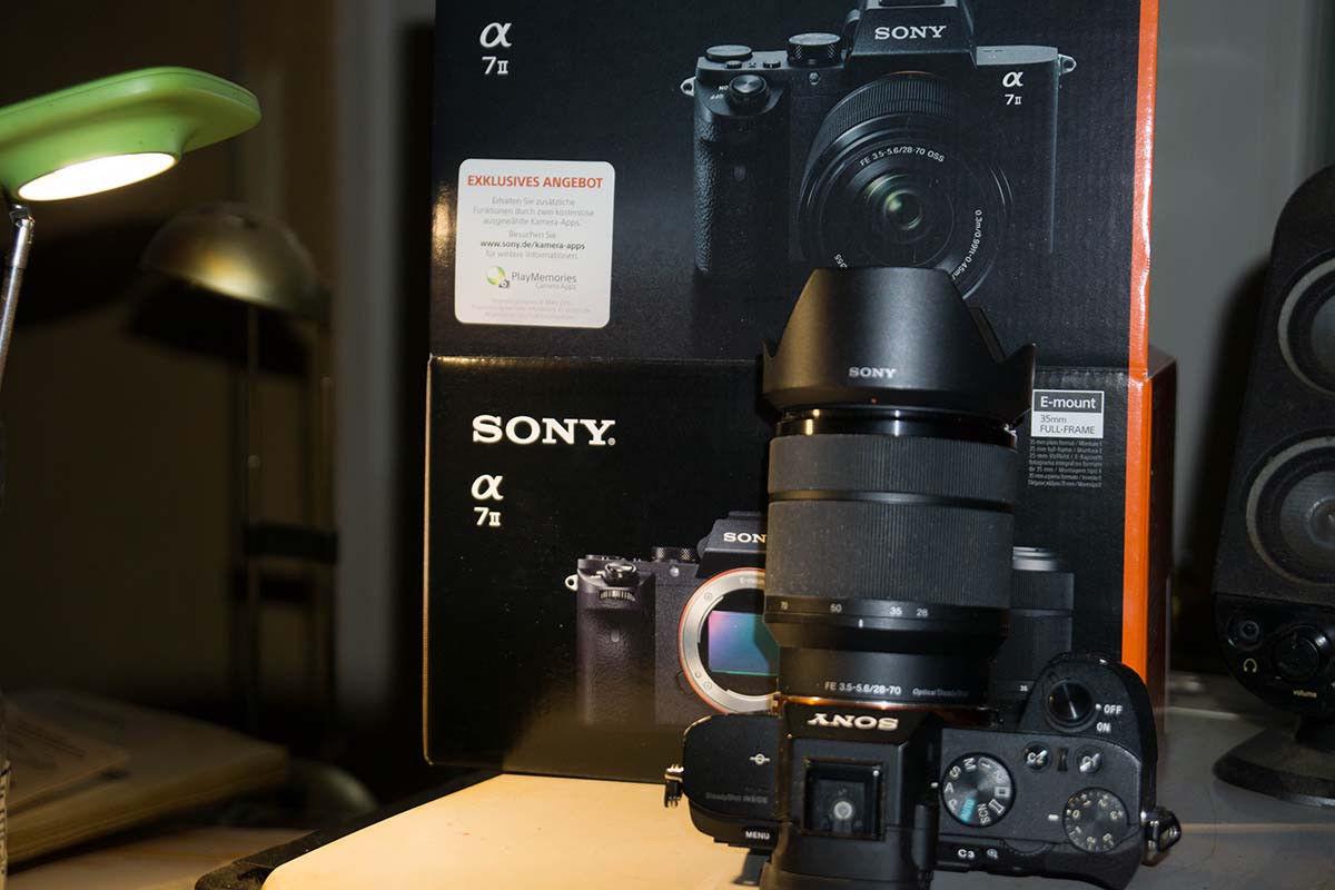 Sony Alpha ILCE-7M2K 24.3 MP Digitalkamera - Schwarz (Kit m/ FE 28-70mm...