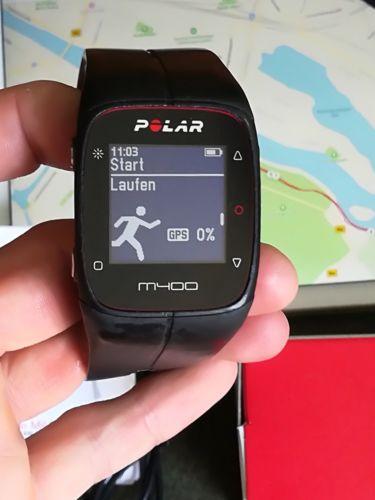 Polar M 400 Laufuhr OVP Pulsuhr Herzfrequenzmesser GPS Sportuhr