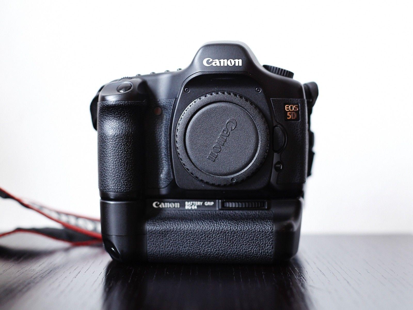 Canon EOS 5D Mark I mit Batteriegriff BG-E4