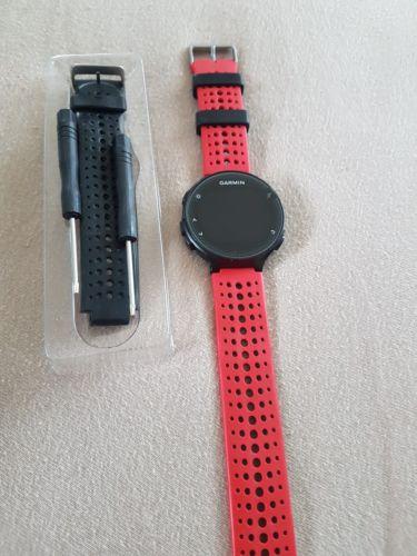 Garmin Forerunner 235 GPS schwarz und rotgebraucht