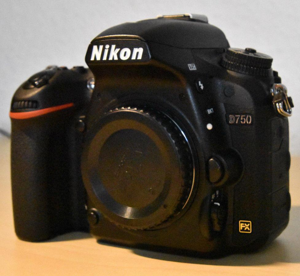 Nikon D D750 24.3 MP DSLR - Schwarz, TOP Zustand, NUR 43.730 Auslösungen, in OVP