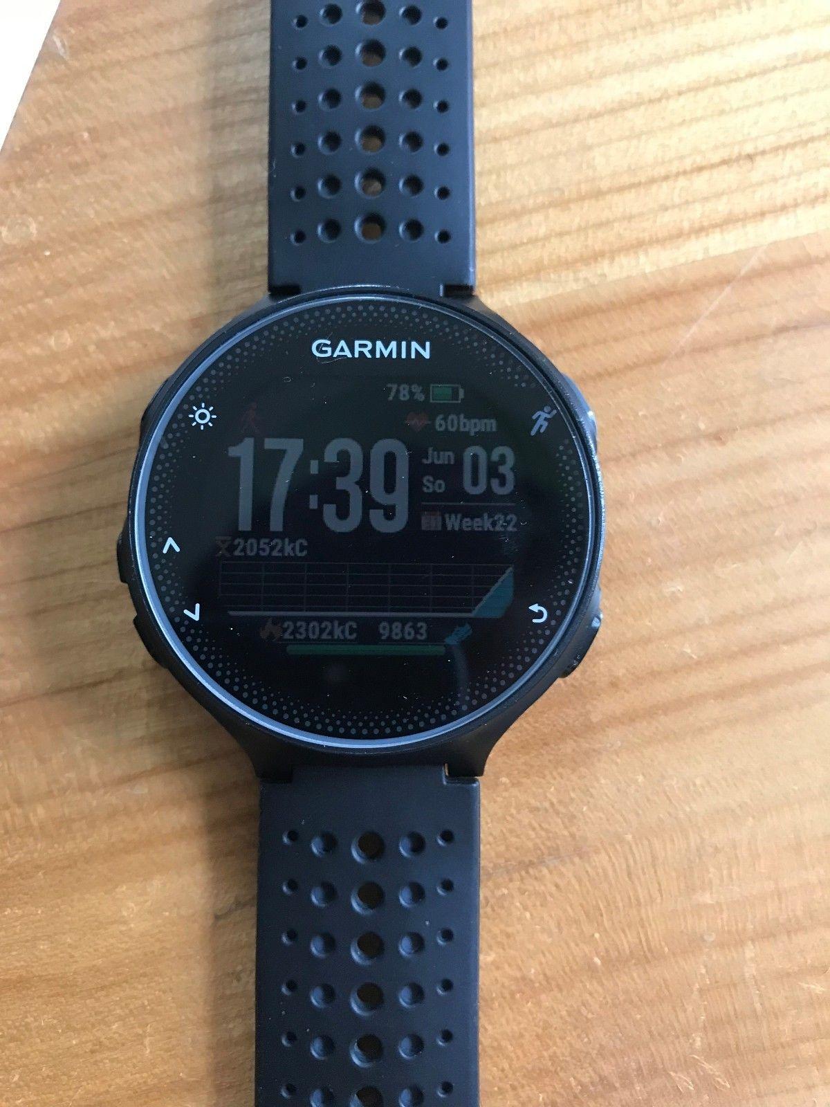 Garmin Forerunner 235 WHR Laufuhr GPS schwarz/grau - Superzustand! in OVP