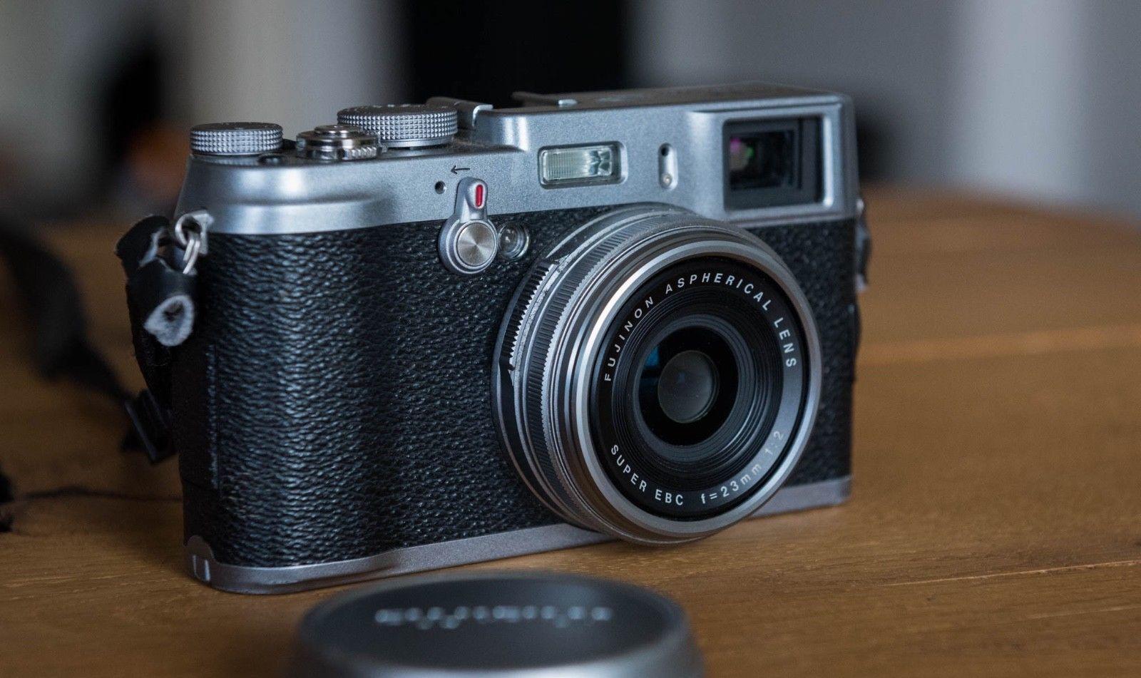 Fujifilm Fuji X100 12.3MP Digitalkamera - Silber