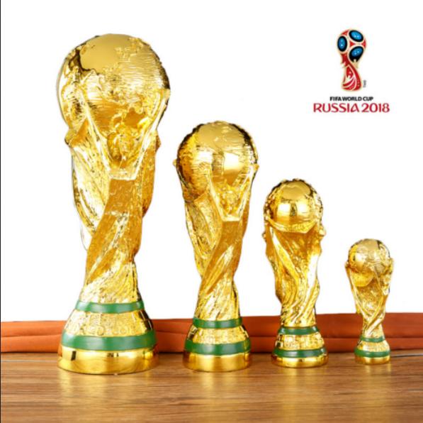 Fußball WM-Pokal mit Acryl-Sockel World-Cup 2018 Russia tm Russland