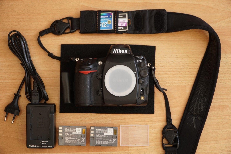 Nikon D700 12.1 MP SLR-Digitalkamera (nur Gehäuse)