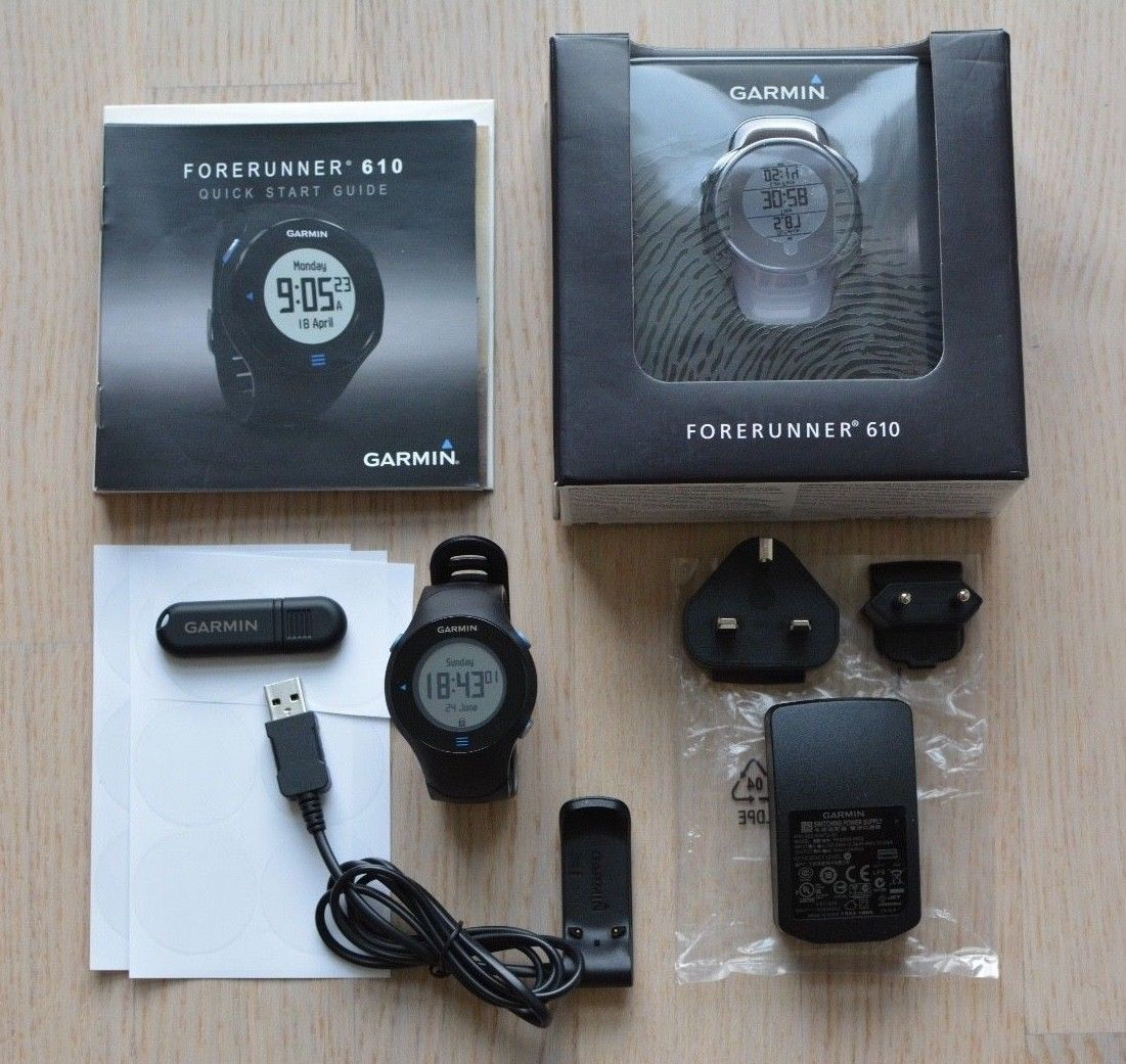 Garmin Forerunner 610 GPS Trainings-Laufuhr, ANT Stick, Brustgurt, Schutzfolien