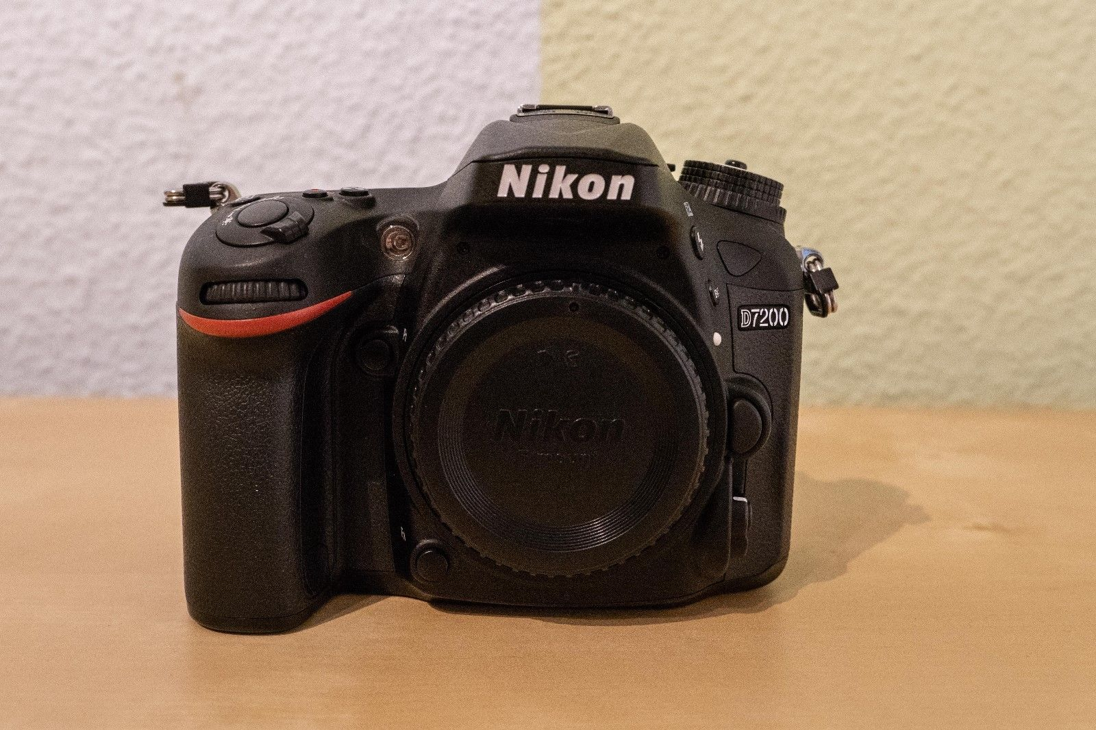 Nikon D7200 24.2 MP SLR-Digitalkamera Body OVP