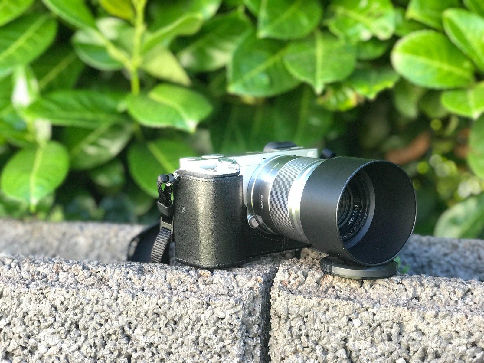 Sony Alpha ILCE-6000 24.3 MP Digitalkamera