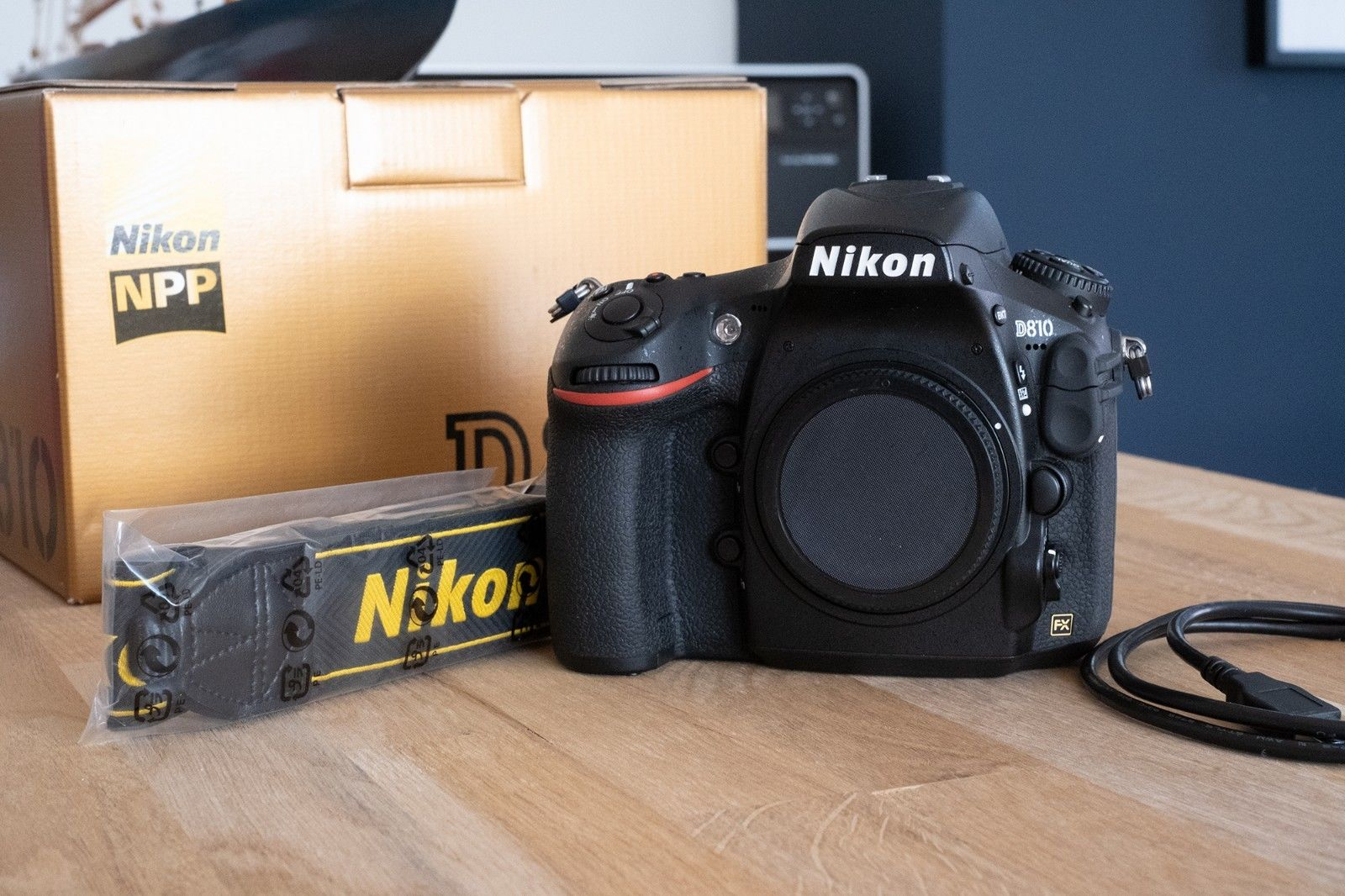Nikon D D810 36.3MP Digitalkamera - Schwarz (Nur Gehäuse) ORIGINALVERPACKT
