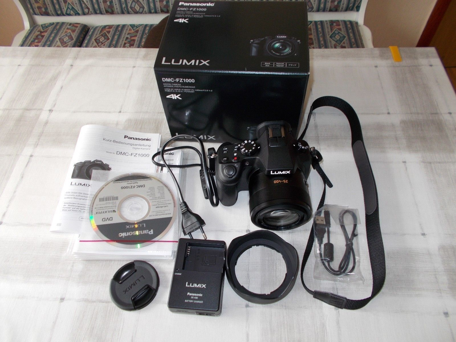 Panasonic LUMIX DMC-FZ1000EG 20.1 MP Digitalkamera - Schwarz wie neu
