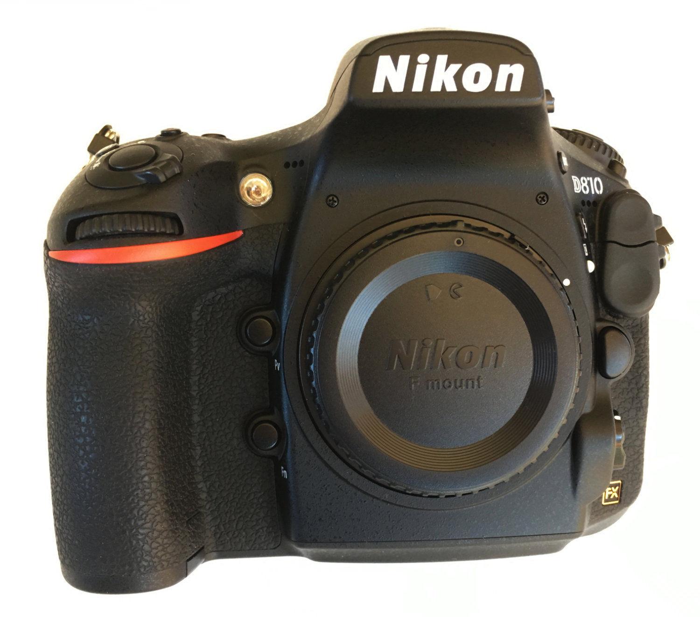 Nikon DSLR D810 (nur 1.615 Auslösungen) mit Zubehörpaket